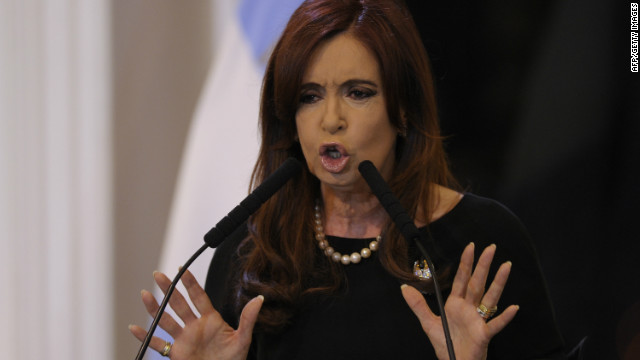 Cristina Fernndez de Kirchner promulga la ley de expropiacin de YPF