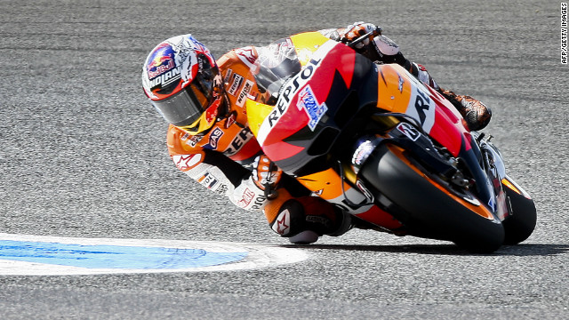 Reigning world champion Casey Stoner emerged on top after a thrilling MotoGP at Assen.