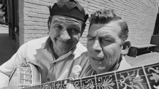 George Lindsey, left, poses with Andy Griffith for a photo during the taping of &quot;The Darling Fortune,&quot; an October 1966 episode of &quot;The Andy Griffith Show.&quot; Lindsey's character joined the hit sitcom in 1964.