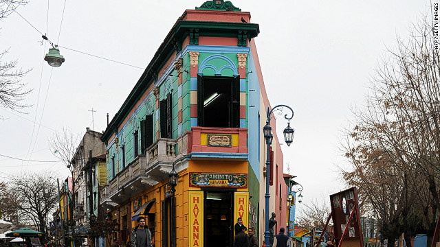Famed for its elaborate row of colorful houses, Caminito Street inspired the violinist and composer Juan de Dios Filiberto to create his famous tango &quot;Caminito.&quot;