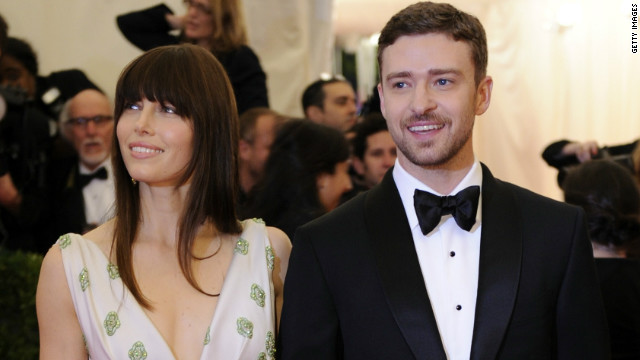 Mr. and Mrs. Timberlake help bring Sandy relief