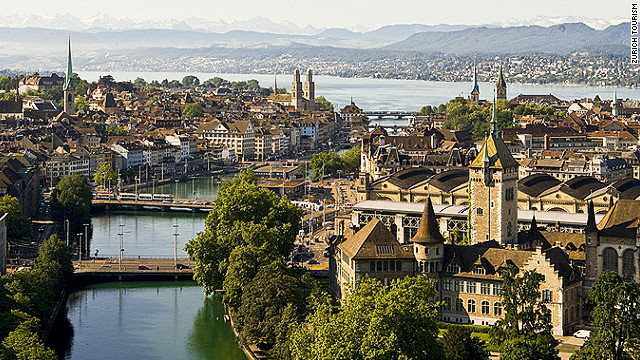 Zurich's excellent, efficient public transport means you can visit the beautiful &quot;Old Town&quot; even during a short stopover