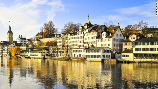 Schipfe, part of the Old Town, viewed from across the Limmat.