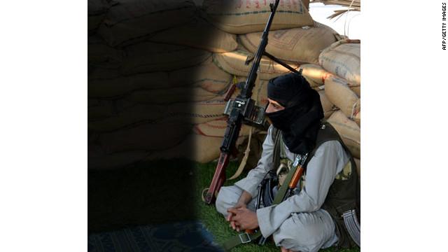 Al-Qaeda ataca base militar en Yemen y causa 15 muertes