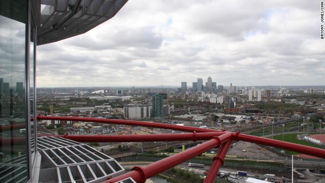 """La historia del edificio de los misiles """"olímpicos"""" en Londres"""