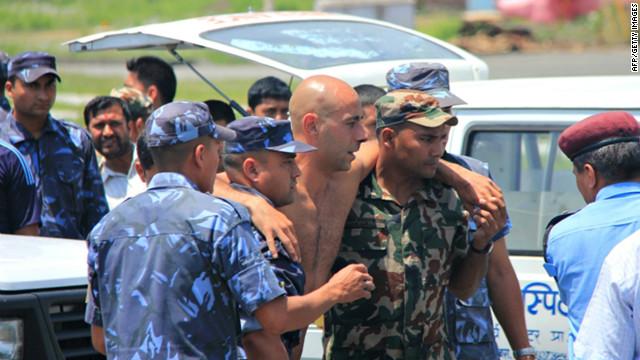 Accidente aéreo en Nepal deja 15 muertos