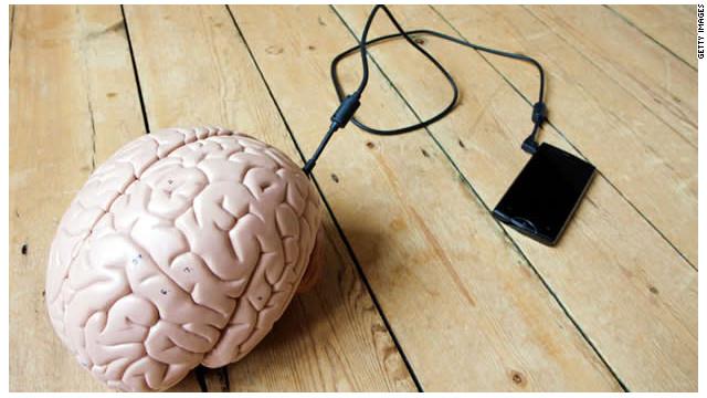 Internet convirtió tu cerebro en el de un cyborg, ¿ahora qué?