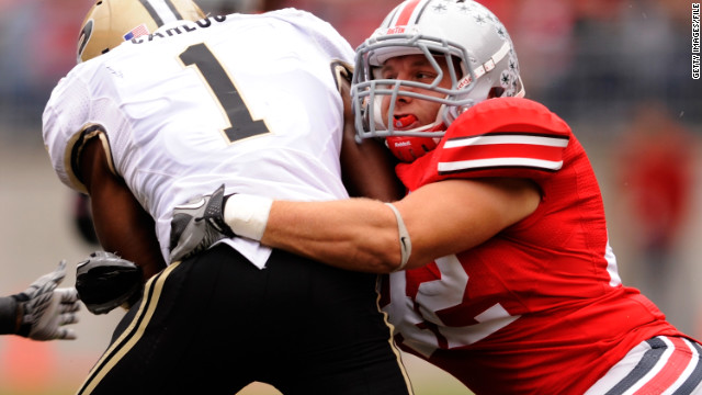 Ohio State linebacker choosing career over concussions