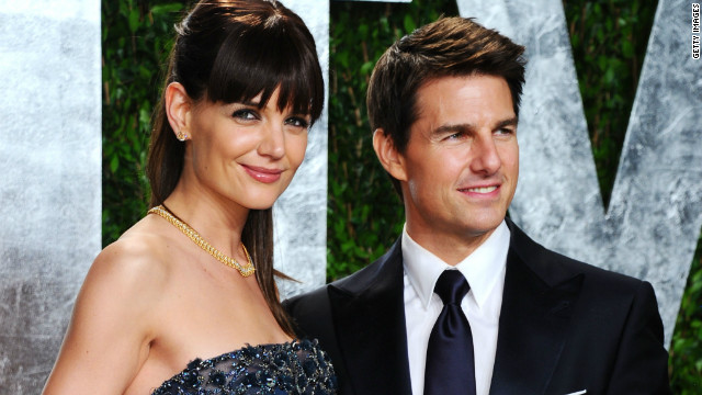 Tom Cruise still has it bad for Katie Holmes