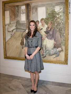 Wearing a gray coatdress, the Duchess of Cambridge posed for pictures at the National Portrait Gallery in London on February 8.