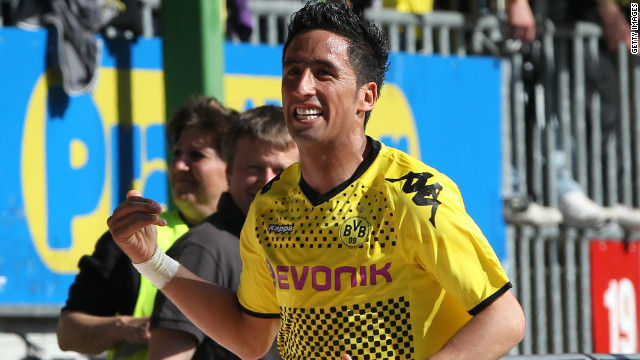 Guangzhou broke the Chinese transfer record once more to capture Lucas Barrios from German champions Borussia Dortmund. The Paraguay striker officially joined the club on June 1.