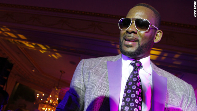 R. Kelly hopes you'll write him back