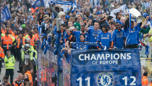 Chelsea parade Champions League trophy