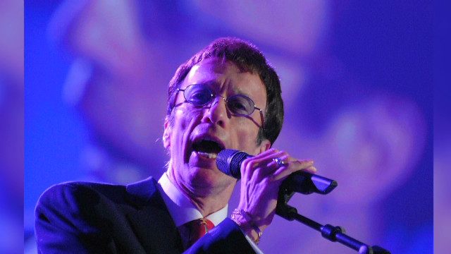 Celebs tweet grief over Robin Gibb