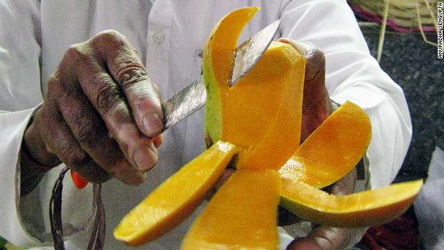Up to 1 million mangoes recalled in Salmonella outbreak