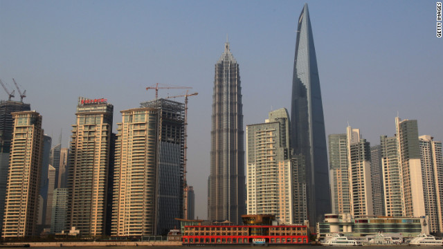 World tallest building's developer threatens to stop elevators ...