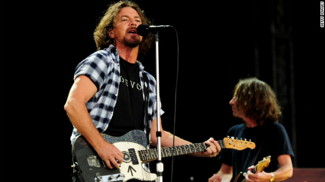 Pearl Jam headlines 'Made in America' fest with Jay-Z