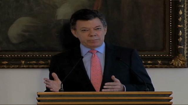Presidente Santos defiende sus primeros 2 años de gobierno en Colombia