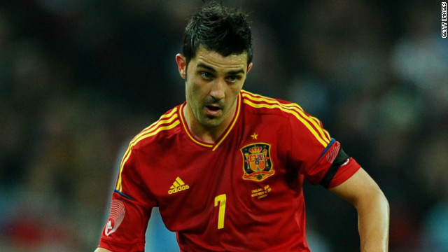 Spain striker David Villa has admitted defeat in his bid to be fit for Euro 2012.