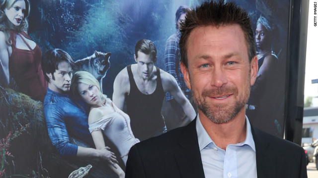 'True Blood' actor to star opposite Lohan in 'Liz & Dick'