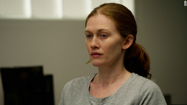 &#039;The Killing&#039;: Linden lands in the crazy house