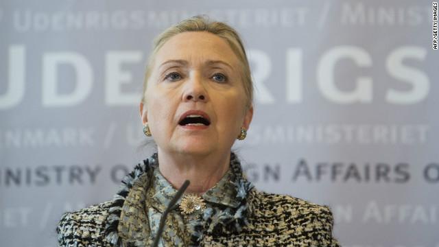 Hillary Clinton arremete contra Rusia por su respaldo al régimen sirio
