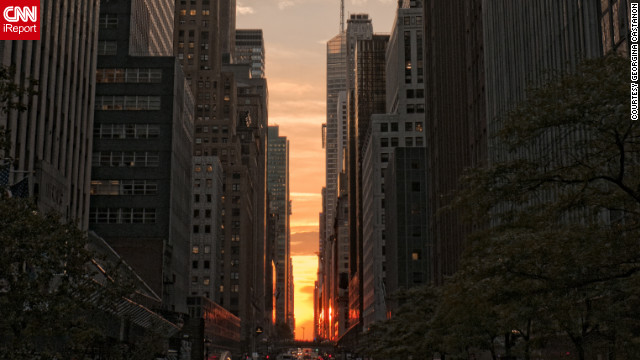 'Manhattanhenge' attracts New York spectators