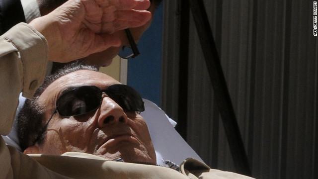Mubarak es condenado a cadena perpetua