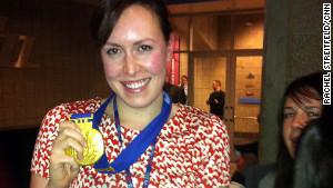CNN\'s Rachel Streitfeld got to try on a gold medal.