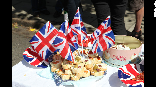 Residents of Horringord Road celebrate the Diamond Jubilee.