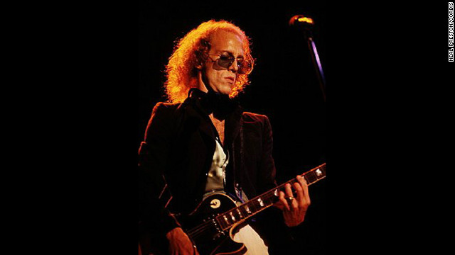 Police: Musician Bob Welch kills self