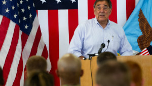 Panetta kicks off tour to the Middle East