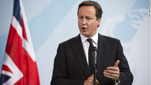 British Prime Minister David Cameron made a surprise visit to the troops in Afghanistan, Thursday.