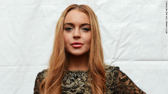 Producers called paramedics to Lindsay Lohan's hotel Friday morning because she was unresponsive to knocks on her door.