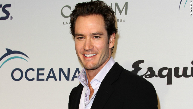 Mark-Paul Gosselaar explains 'SBTB' diss
