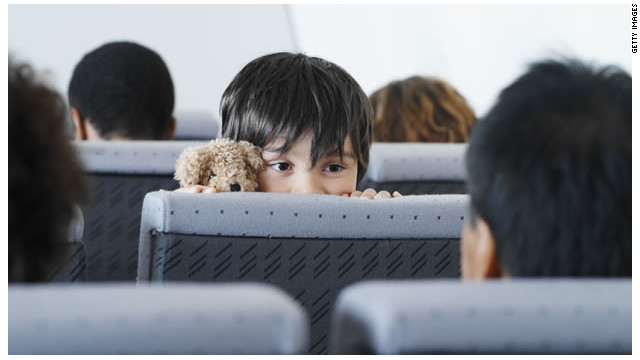 Lo que faltaba: las aerolíneas ya cobran por los asientos en pasillo y ventana del avión