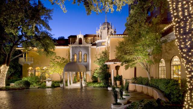 Rosewood Mansion on Turtle Creek is an elite hotel in Dallas. J.R. Ewing might strike a deal in the hotel's recently renovated bar.