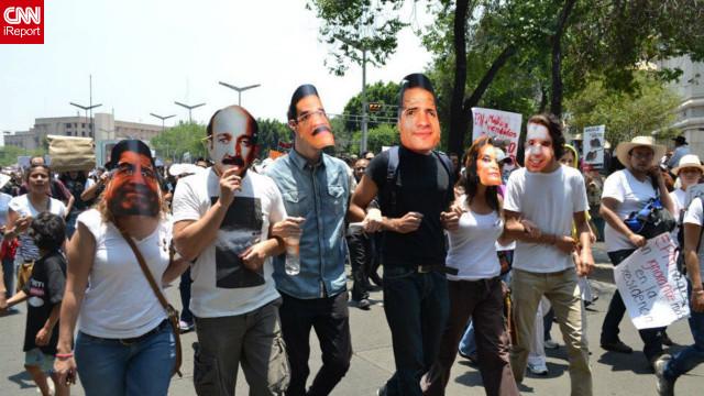 Jóvenes mexicanos rompen con #YoSoy132 y forman el grupo GeneraciónMX
