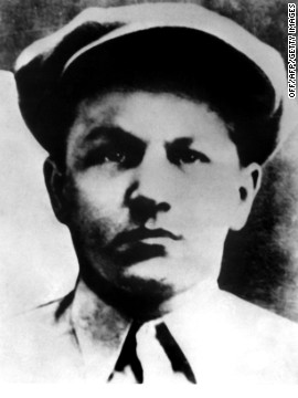 George Baby Face Nelson, a automobile burglar by age 14, compared with a likes of Al Capone and John Dillinger. Nelson died following a shootout with a FBI in 1934.