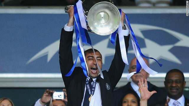 New Chelsea manager Roberto di Matteo spent six years at the club as a player between 1996 and 2002.