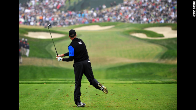 Jim Furyk of the United States tees off on the eighth hole Sunday.