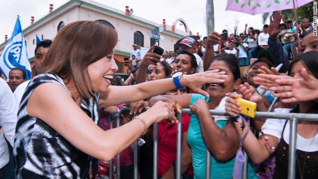 La candidata presidencial mexicana Josefina Vázquez Mota propone voto por sexo