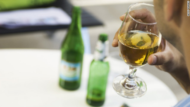 Weight-loss surgery may raise risk of alcohol abuse
