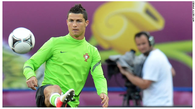 Ocho equipos por la gloria en la Eurocopa 2012