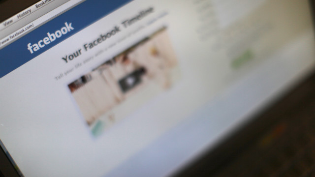  Facebook is changing how offensive or bullying content is reported, the company announced Wednesday. 