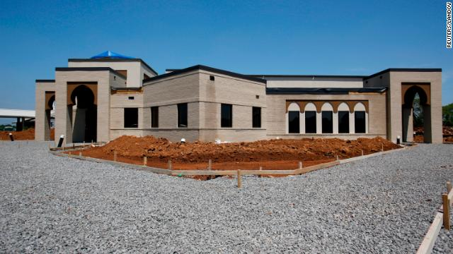 Tennessee Muslims sue to open mosque