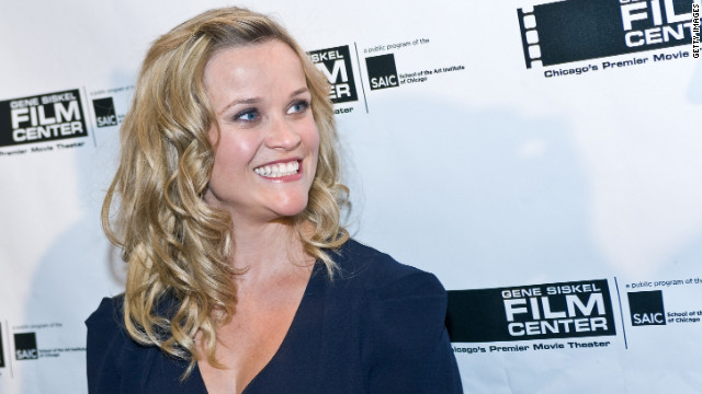 Witherspoon confirms pregnancy, says she's 'feeling very round'