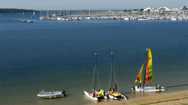 Located in a stunning bay, the water surrounding Brest is always protected and makes for perfect sailing. There are also plenty of sandy beaches and picturesque fishing villages to explore in the area.