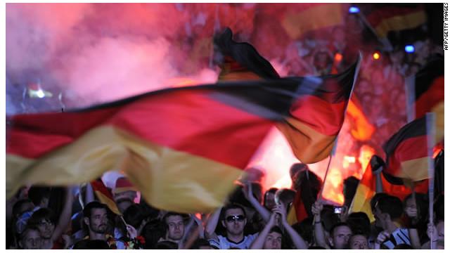 La UEFA multa a Alemania por el uso de símbolos neonazis en la Eurocopa