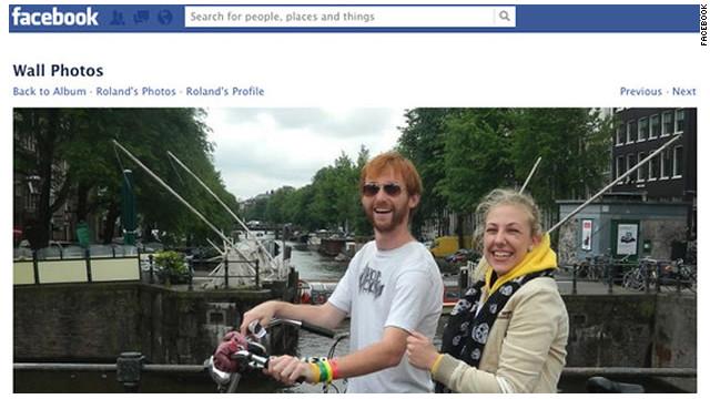 Unos 56.000 «facebookeros» ayudan a devolver una cámara extraviada